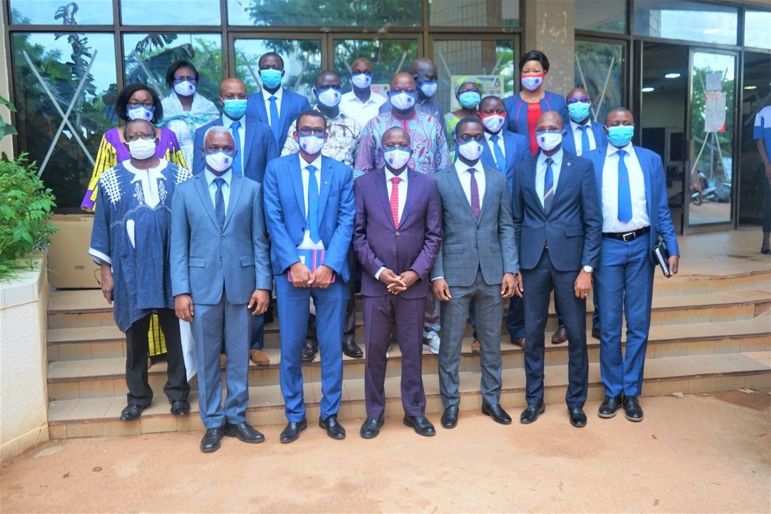 Le groupe Coris Assurances offre des masques aux candidats du Baccalauréat 2020